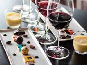 Choklad- & vinprovning